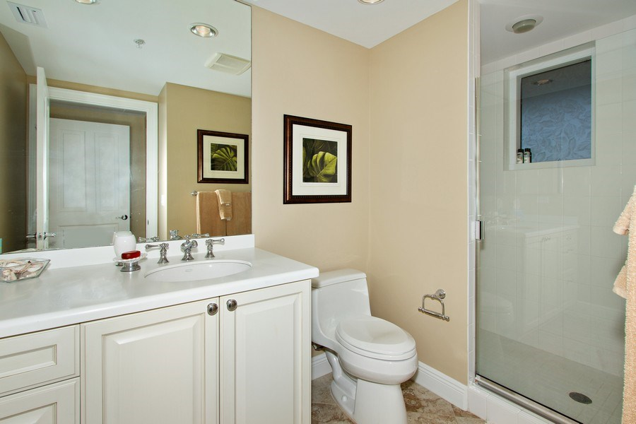 Real Estate Photography - 1050 Borghese Ln, 1506, Naples, FL, 34114 - Bathroom