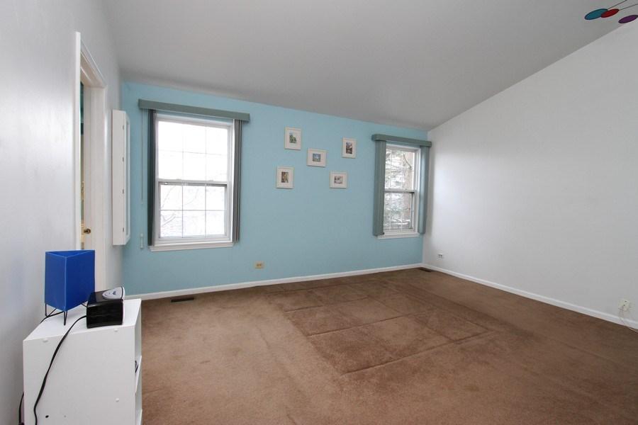 Real Estate Photography - 4787 Amber Cir, Hoffman Estates, IL, 60192 - Master Bedroom