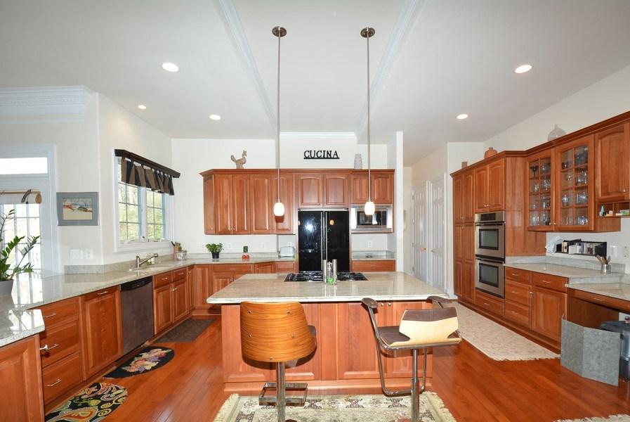 Real Estate Photography - 4200 Pineridge Dr, Annandale, VA, 22003 - Kitchen