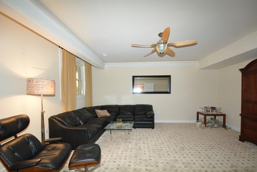 Real Estate Photography - 4200 Pineridge Dr, Annandale, VA, 22003 - Bedroom
