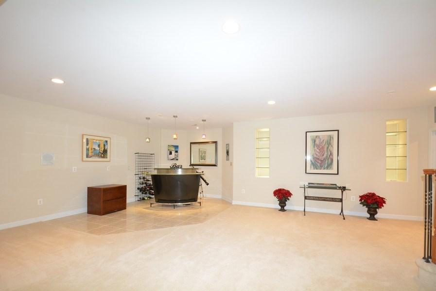 Real Estate Photography - 4200 Pineridge Dr, Annandale, VA, 22003 -