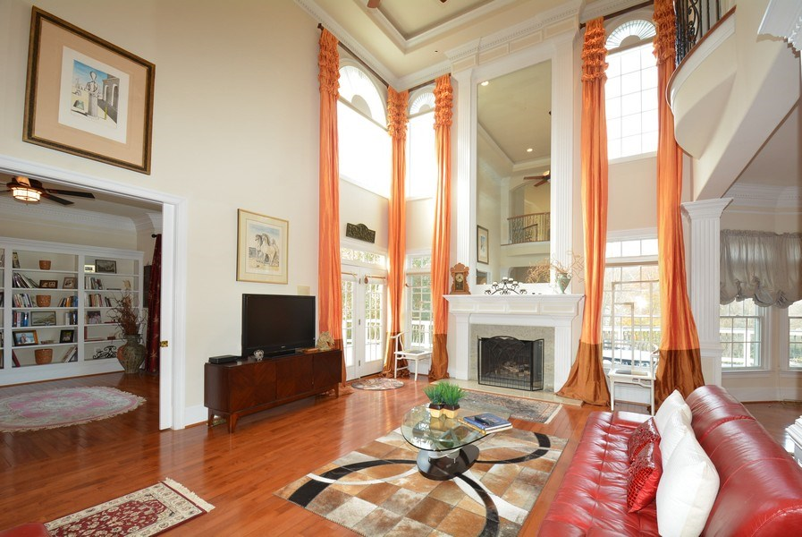 Real Estate Photography - 4200 Pineridge Dr, Annandale, VA, 22003 - Family Room