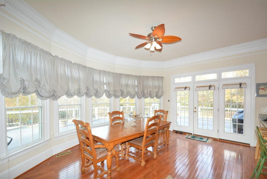 Real Estate Photography - 4200 Pineridge Dr, Annandale, VA, 22003 - Breakfast Room