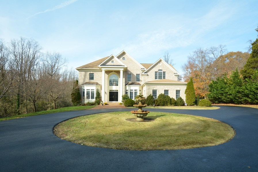 Real Estate Photography - 4200 Pineridge Dr, Annandale, VA, 22003 - Front View