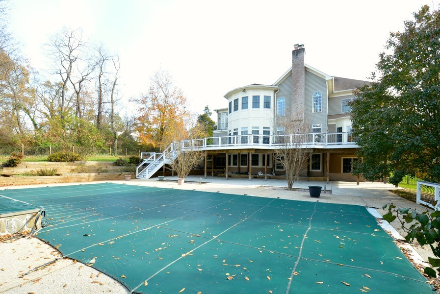 Real Estate Photography - 4200 Pineridge Dr, Annandale, VA, 22003 - Rear View