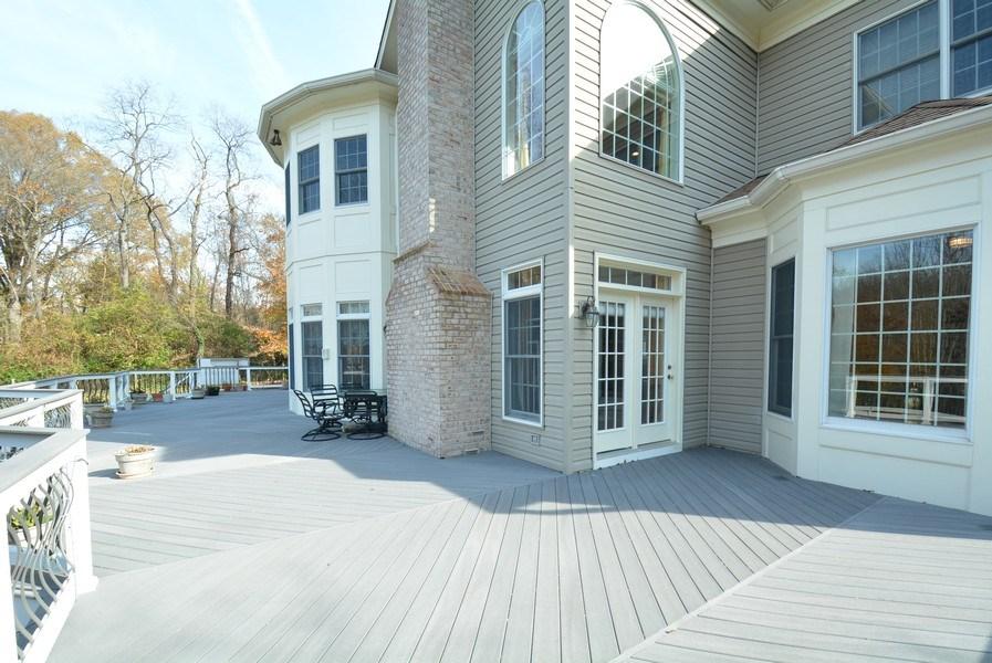 Real Estate Photography - 4200 Pineridge Dr, Annandale, VA, 22003 - Deck