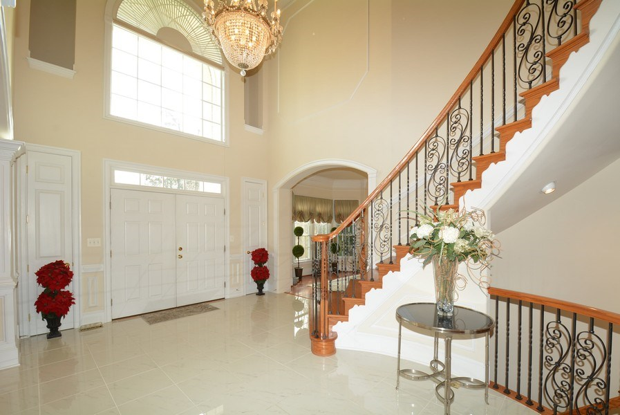 Real Estate Photography - 4200 Pineridge Dr, Annandale, VA, 22003 - Entryway