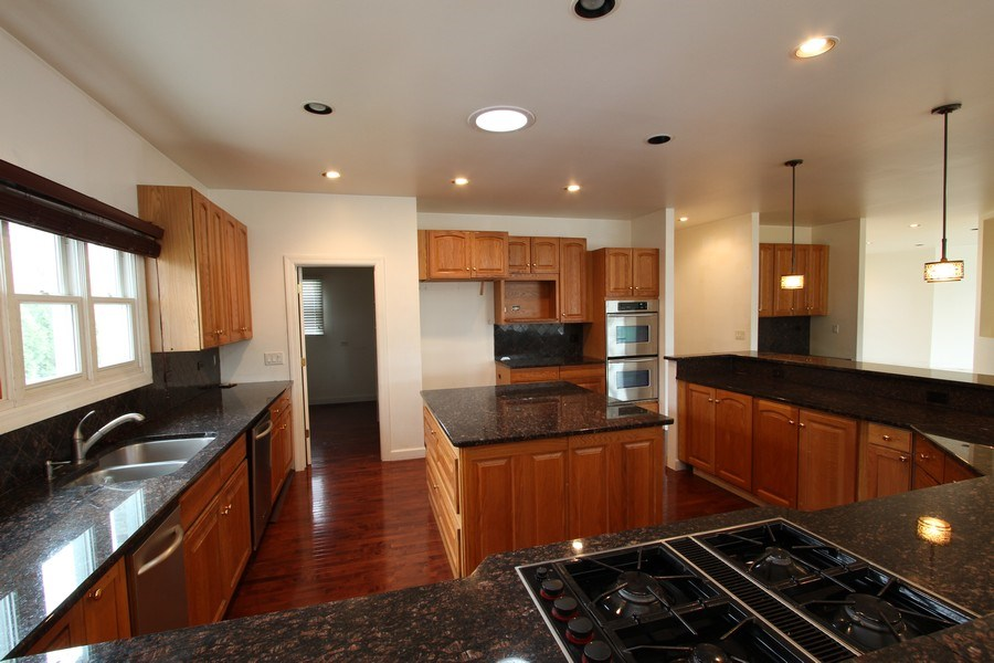 Real Estate Photography - 40645 Gridley Dr, Antioch, IL, 60002 - Kitchen