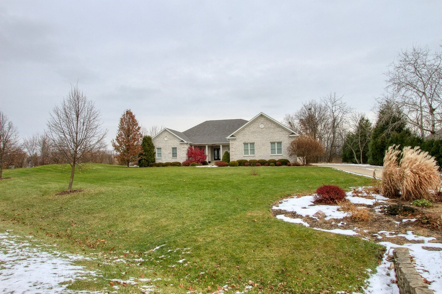 Real Estate Photography - 40645 Gridley Dr, Antioch, IL, 60002 - Front View