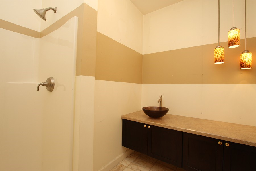 Real Estate Photography - 40645 Gridley Dr, Antioch, IL, 60002 - Bathroom