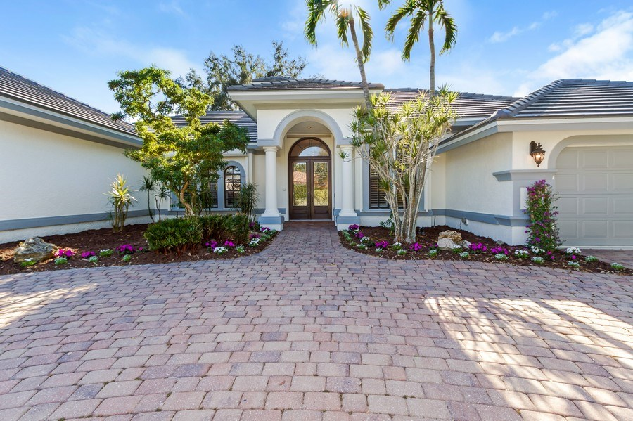 Real Estate Photography - 815 Bentwood Dr, Naples, FL, 34108 - Entryway