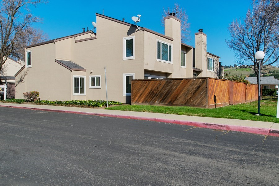 Real Estate Photography - 271 Rosewood Ct, Hayward, CA, 94544 - Side View