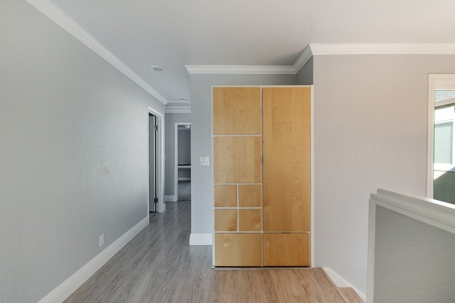 Real Estate Photography - 271 Rosewood Ct, Hayward, CA, 94544 - Hallway