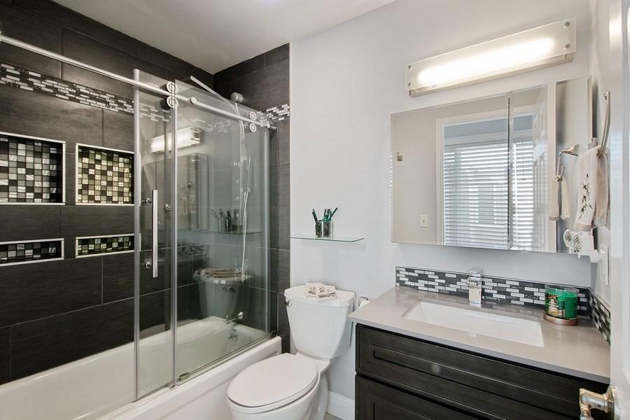 Real Estate Photography - 271 Rosewood Ct, Hayward, CA, 94544 - Bathroom