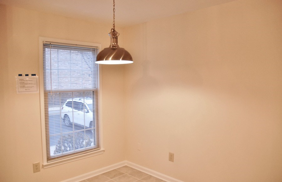 Real Estate Photography - 9 Midline Rd, Gaithersburg, MD, 20878 - Breakfast Room