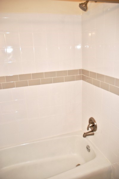 Real Estate Photography - 9 Midline Rd, Gaithersburg, MD, 20878 - Bathroom