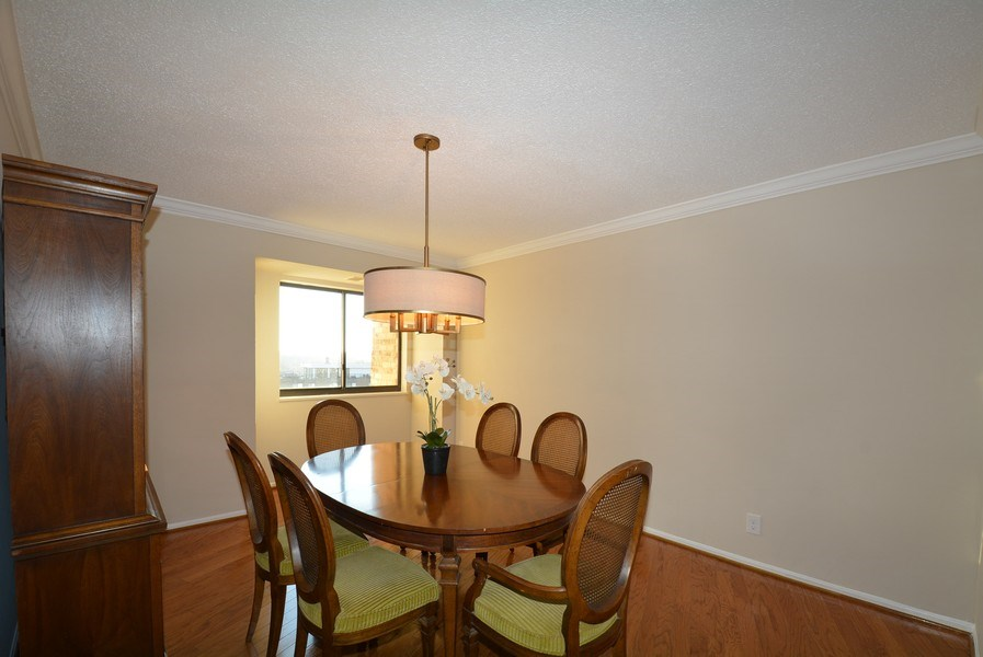 Real Estate Photography - 5904 Mount Eagle Dr, Unit 814, Alexandria, VA, 22303 - Dining Room