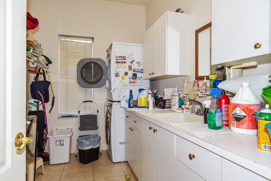 Real Estate Photography - 1661 N Copeland Dr, Marco Island, FL, 34145 - Laundry Room