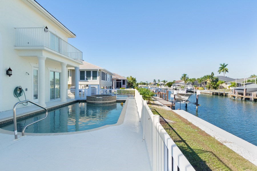 Real Estate Photography - 1648 Rainbow Ct, Marco Island, FL, 34145 - Pool