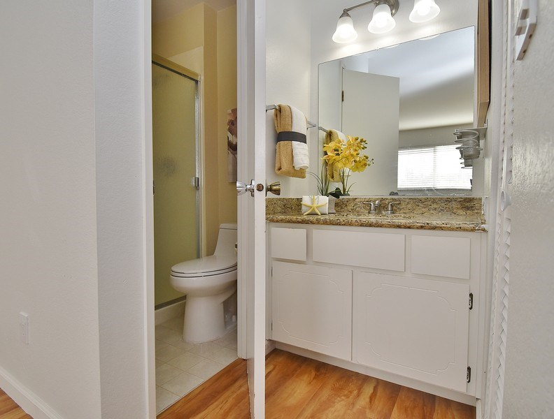 Real Estate Photography - 549 Tawny Dr, Pleasanton, CA, 94566 - Master Bathroom
