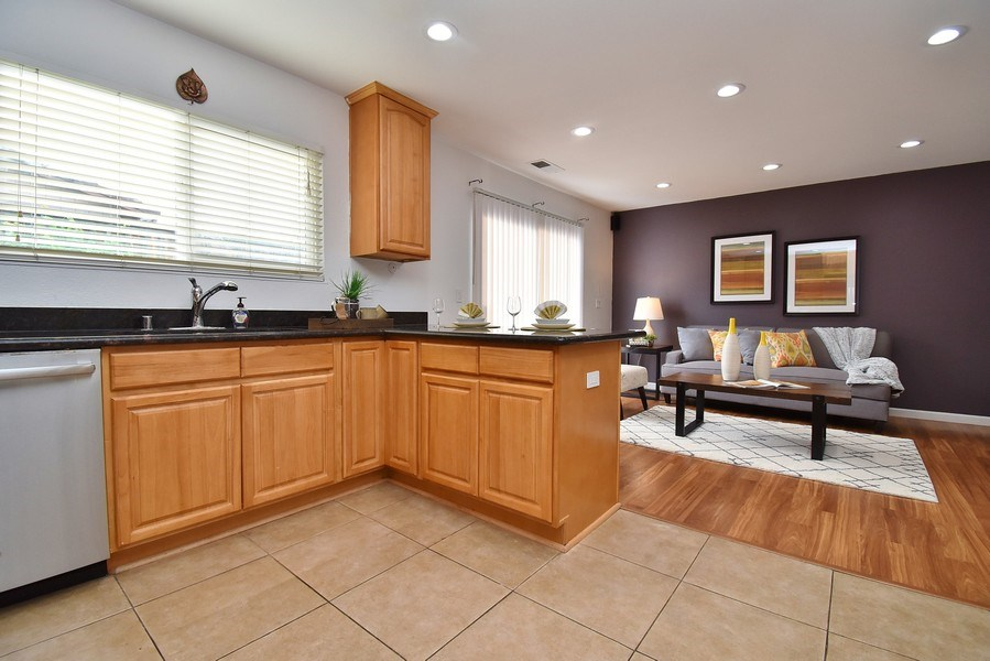 Real Estate Photography - 549 Tawny Dr, Pleasanton, CA, 94566 - Kitchen