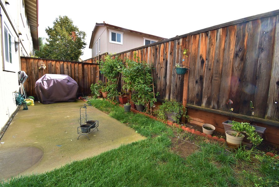 Real Estate Photography - 549 Tawny Dr, Pleasanton, CA, 94566 - Back Yard