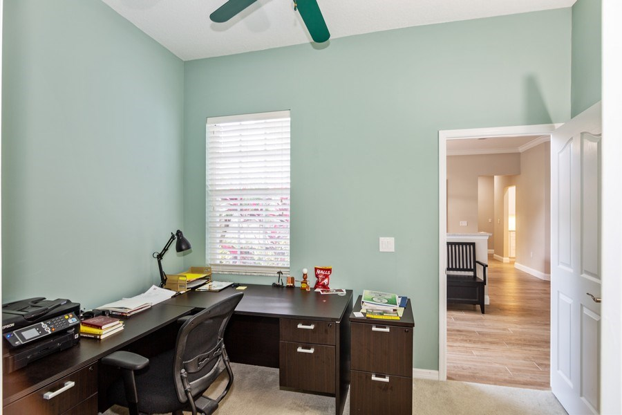 Real Estate Photography - 5407 Burnt Hickory Dr, Valrico, FL, 33596 - Office