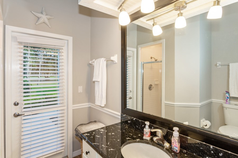 Real Estate Photography - 5407 Burnt Hickory Dr, Valrico, FL, 33596 - 2nd Bathroom