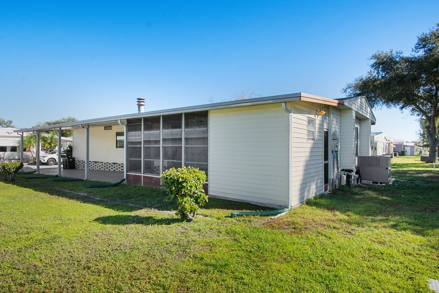 Real Estate Photography - 397 Blue Marlin Dr, Oldsmar, FL, 34677 - Back Yard