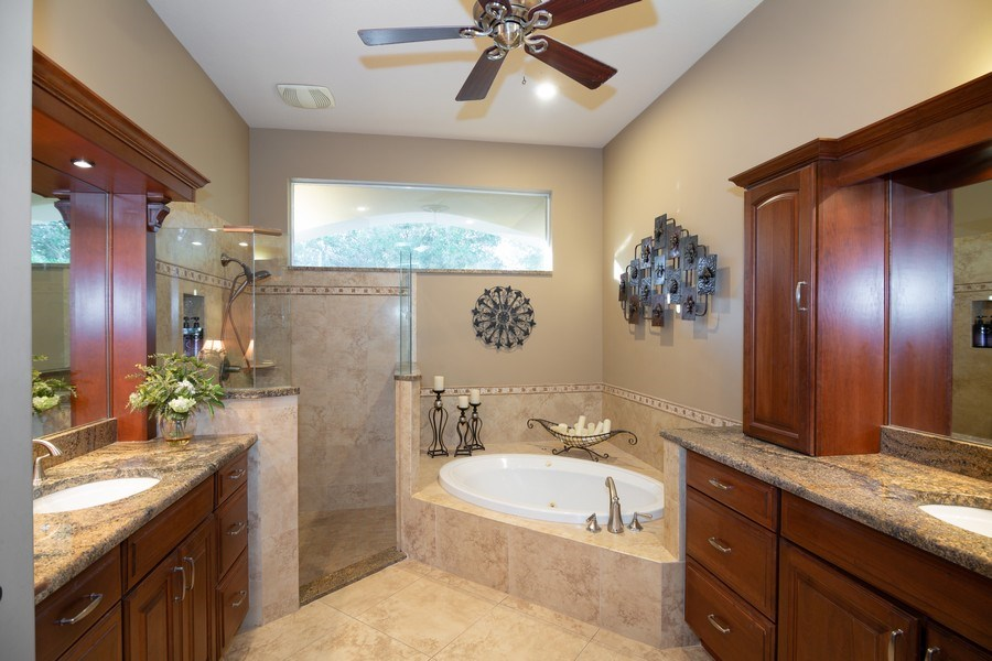 Real Estate Photography - 5201 Sand Trap, Valrico, FL, 33527 - Master Bathroom