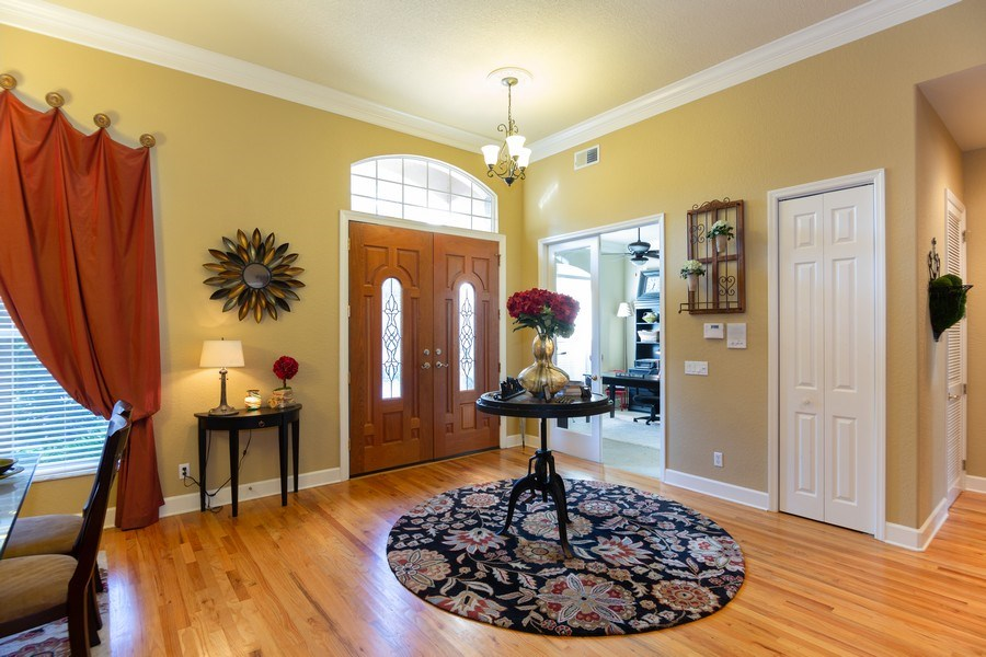 Real Estate Photography - 5201 Sand Trap, Valrico, FL, 33527 - Foyer
