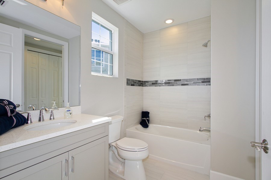 Real Estate Photography - 8031 Signature Club Cir, Unit 16101, Naples, FL, 34113 - Bathroom