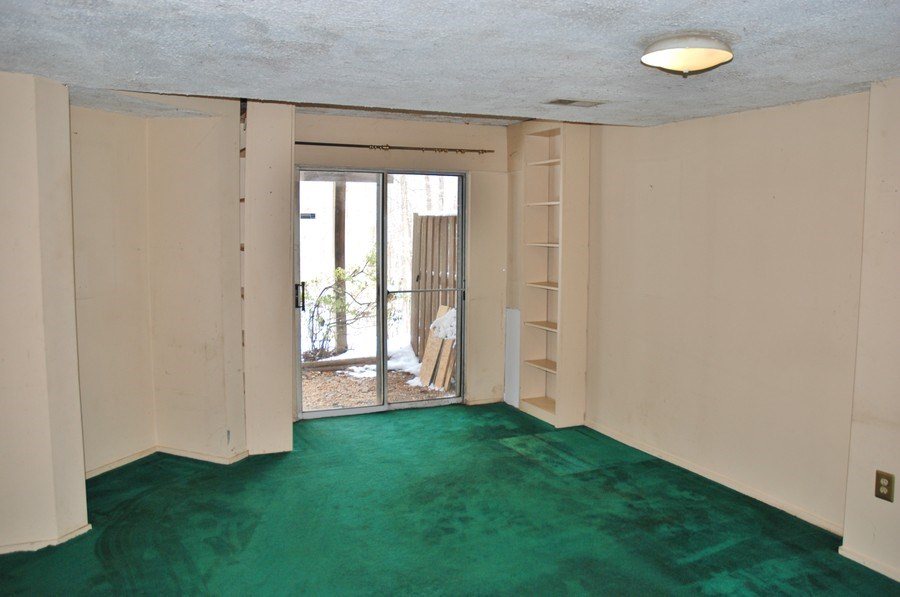 Real Estate Photography - 14236 Long Green Dr, Silver Spring, MD, 20906 - Entertainment Room