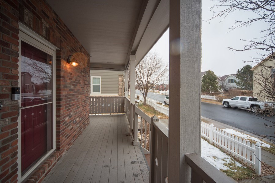 Real Estate Photography - 14061 Blue River Trl, Broomfield, CO, 80023 - Porch