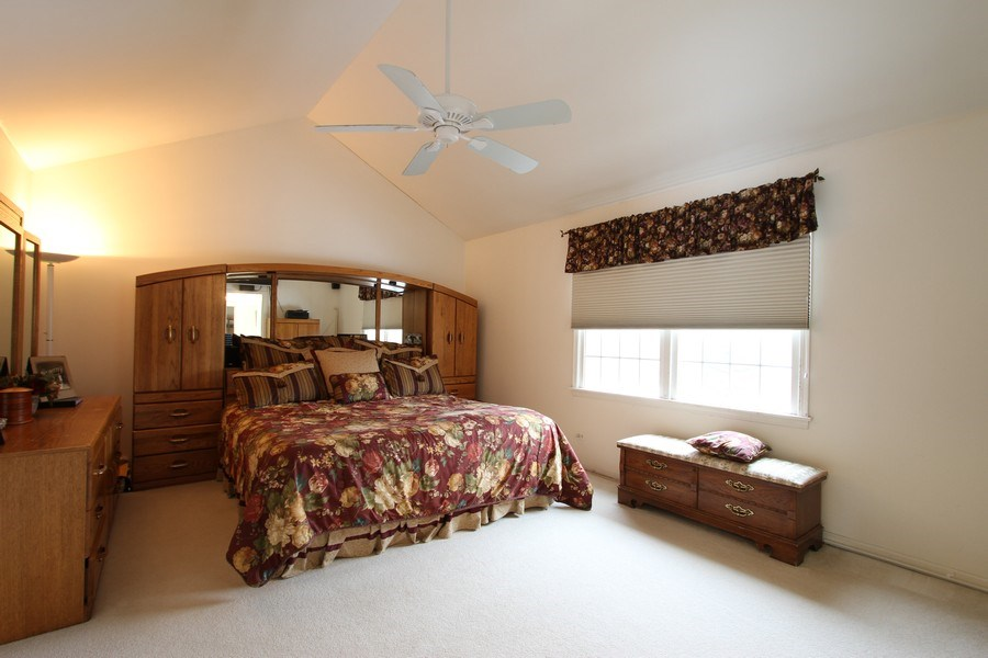 Real Estate Photography - 3402 Braeberry, Crystal Lake, IL, 60012 - Master Bedroom