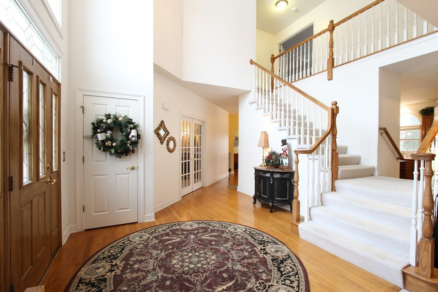 Real Estate Photography - 3402 Braeberry, Crystal Lake, IL, 60012 - Foyer