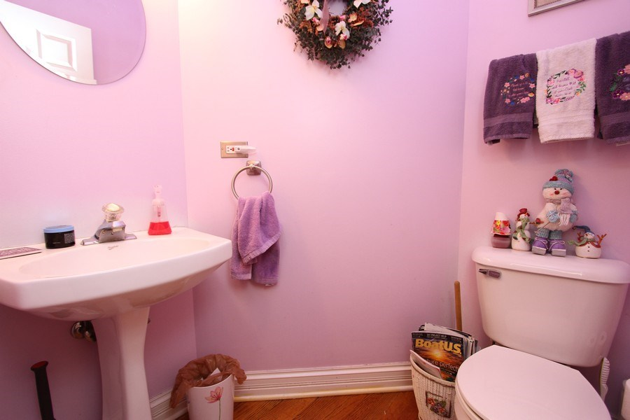 Real Estate Photography - 3402 Braeberry, Crystal Lake, IL, 60012 - Half Bath