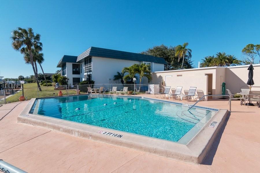 Real Estate Photography - 10441 Waterbird Way, Bradenton, FL, 34209 - Pool