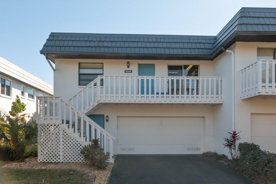 Real Estate Photography - 10441 Waterbird Way, Bradenton, FL, 34209 - Front View