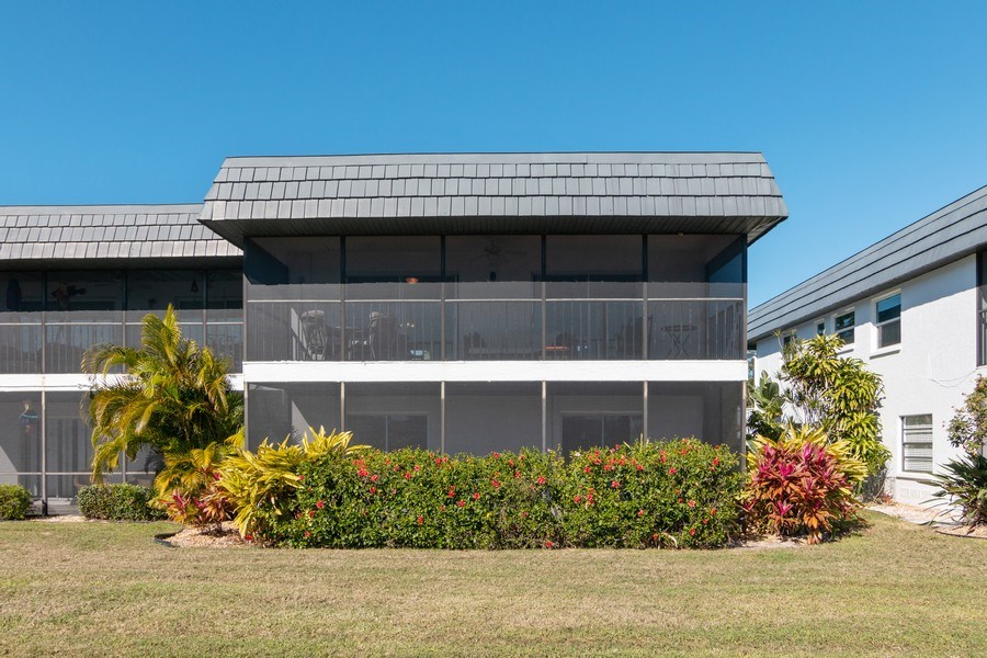 Real Estate Photography - 10441 Waterbird Way, Bradenton, FL, 34209 - Rear View