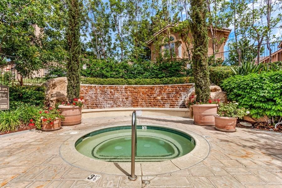 Real Estate Photography - 19431 Rue De Balore, Unit 14A, Lake Forest, CA, 92610 - Spa