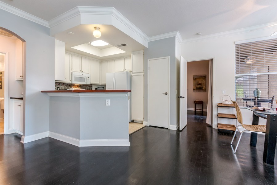 Real Estate Photography - 19431 Rue De Balore, Unit 14A, Lake Forest, CA, 92610 - Kitchen/Dining
