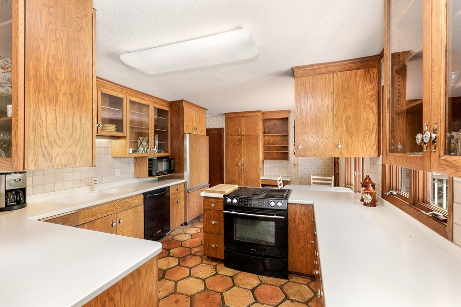 Real Estate Photography - 1162 82nd Street E, Inver Grove Heights, MN, 55077 - Kitchen