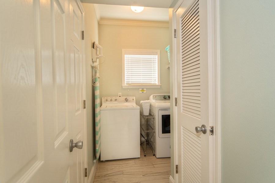 Real Estate Photography - 137 Gulfside Way, Miramar Beach, FL, 32550 - Laundry Room
