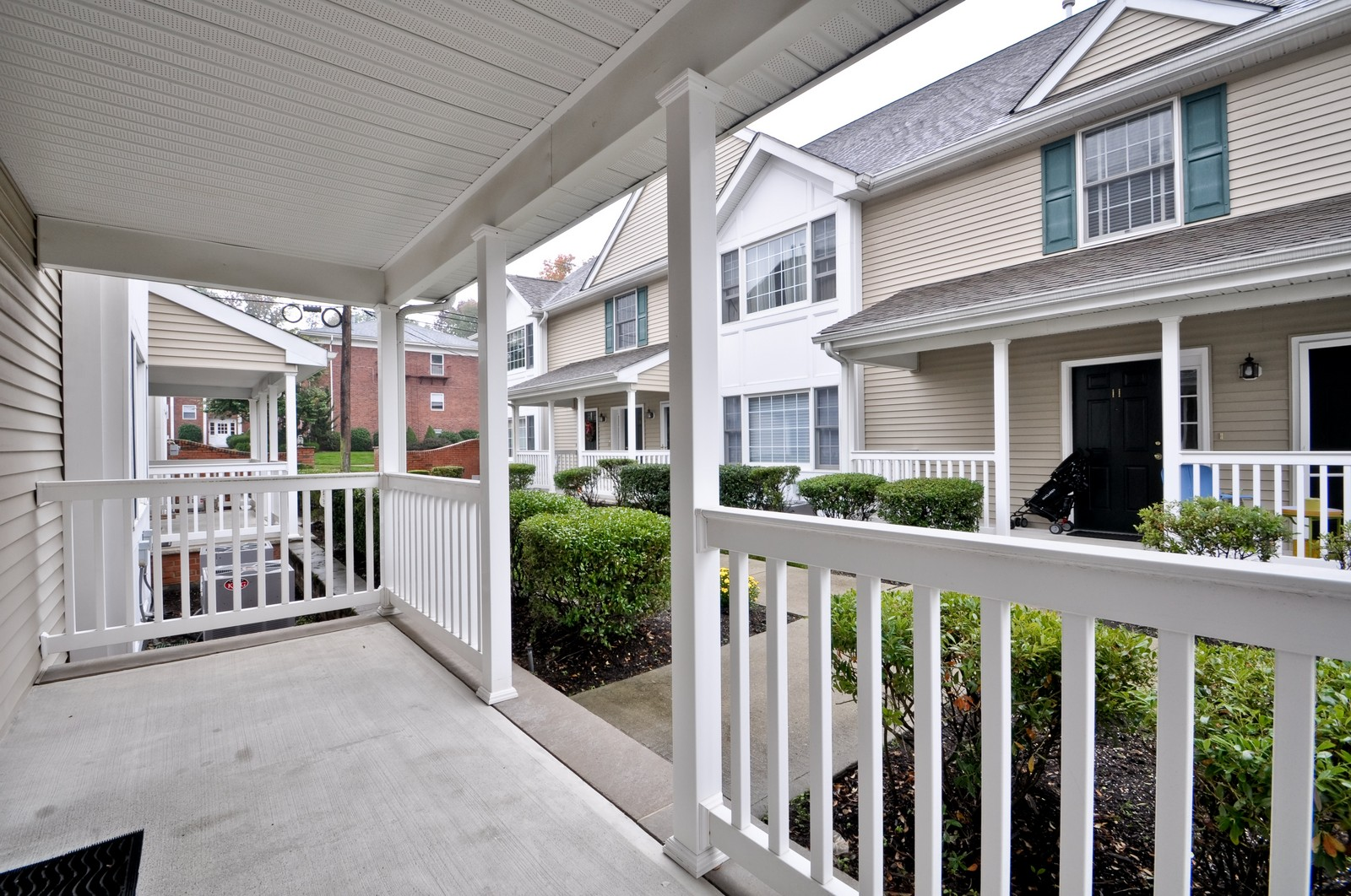 Real Estate Photography - 179 Roseland Avenue, 6, Caldwell, NJ, 07006 - Porch
