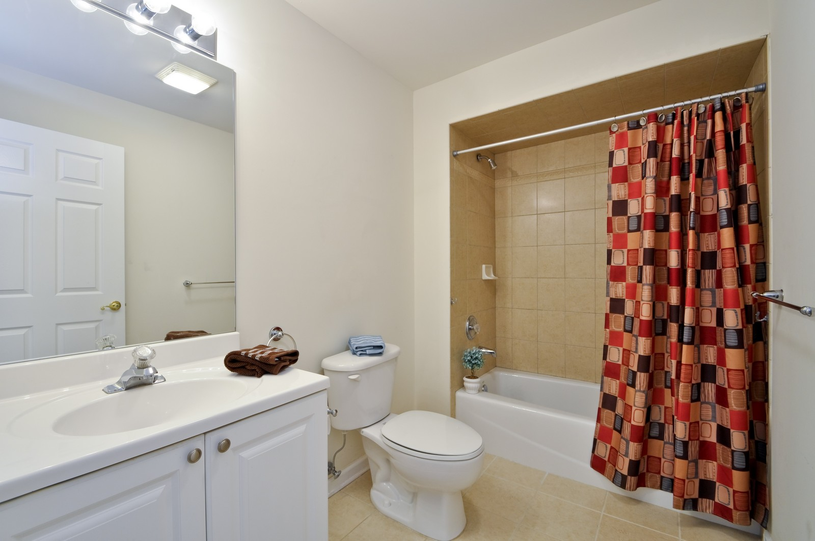 Real Estate Photography - 179 Roseland Avenue, 6, Caldwell, NJ, 07006 - 2nd Bathroom