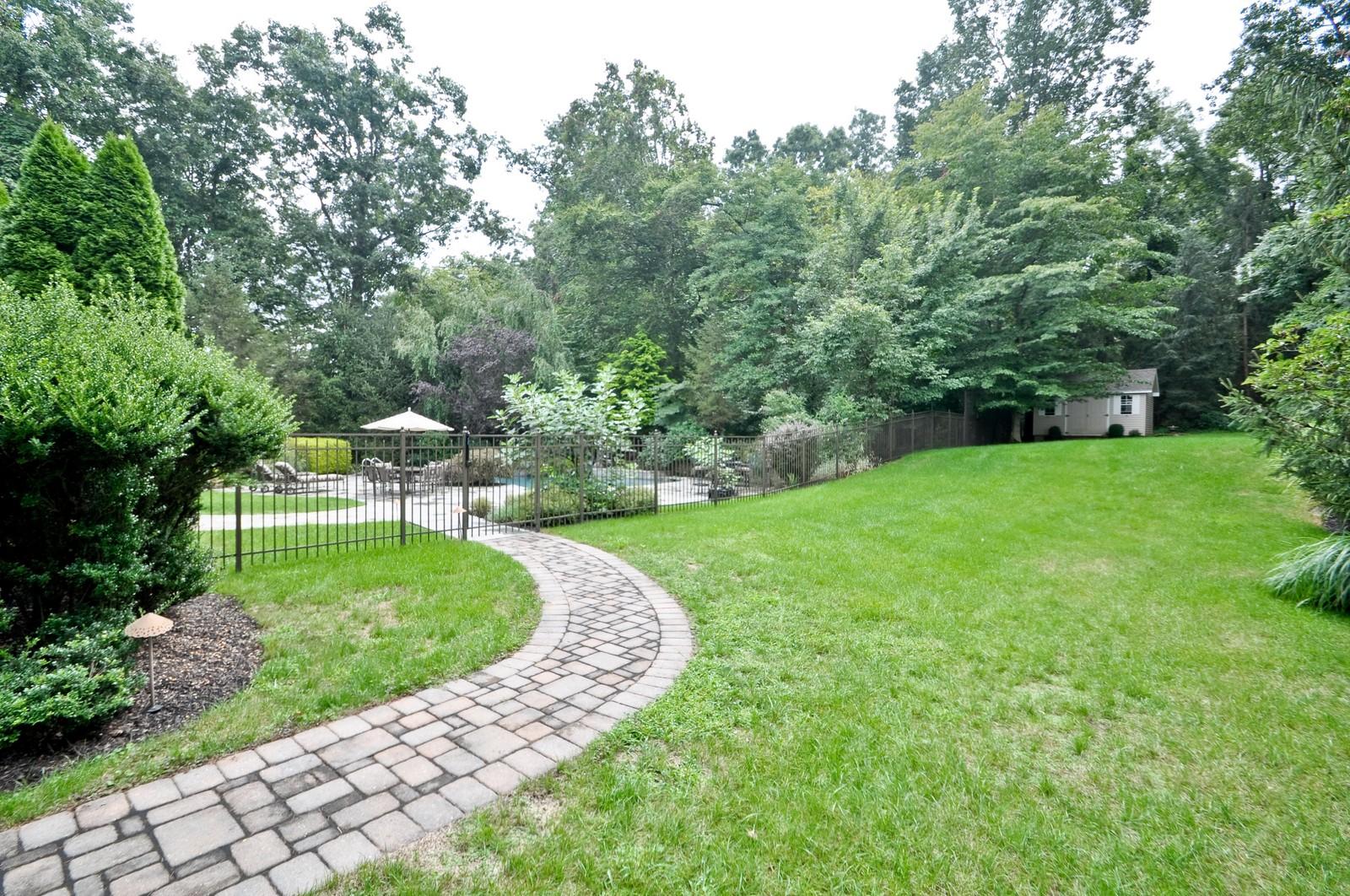 Real Estate Photography - 5 Orchard Way, Warren, NJ, 07059 - Back Yard