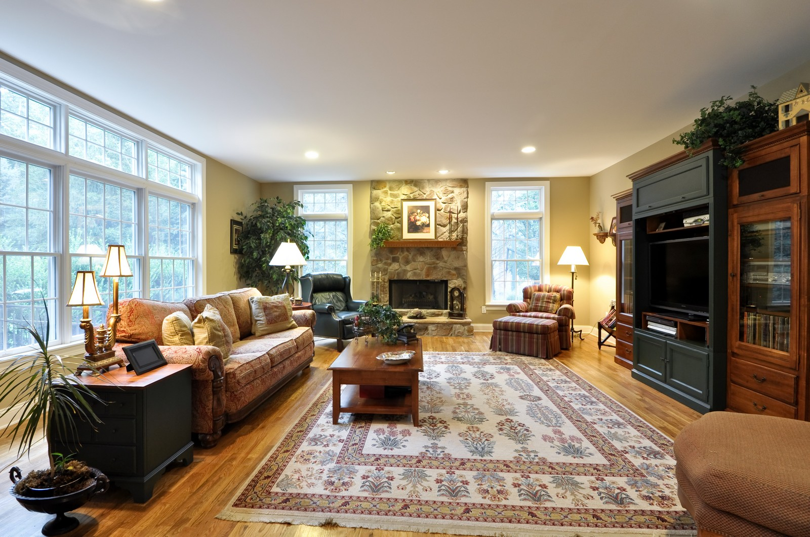 Real Estate Photography - 5 Orchard Way, Warren, NJ, 07059 - Family Room