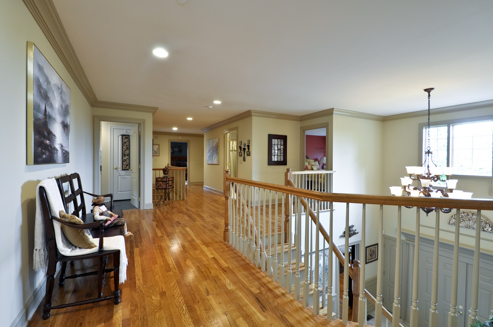 Real Estate Photography - 5 Orchard Way, Warren, NJ, 07059 - Hallway