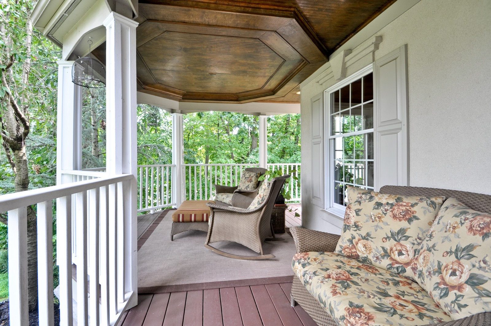 Real Estate Photography - 5 Orchard Way, Warren, NJ, 07059 - Porch